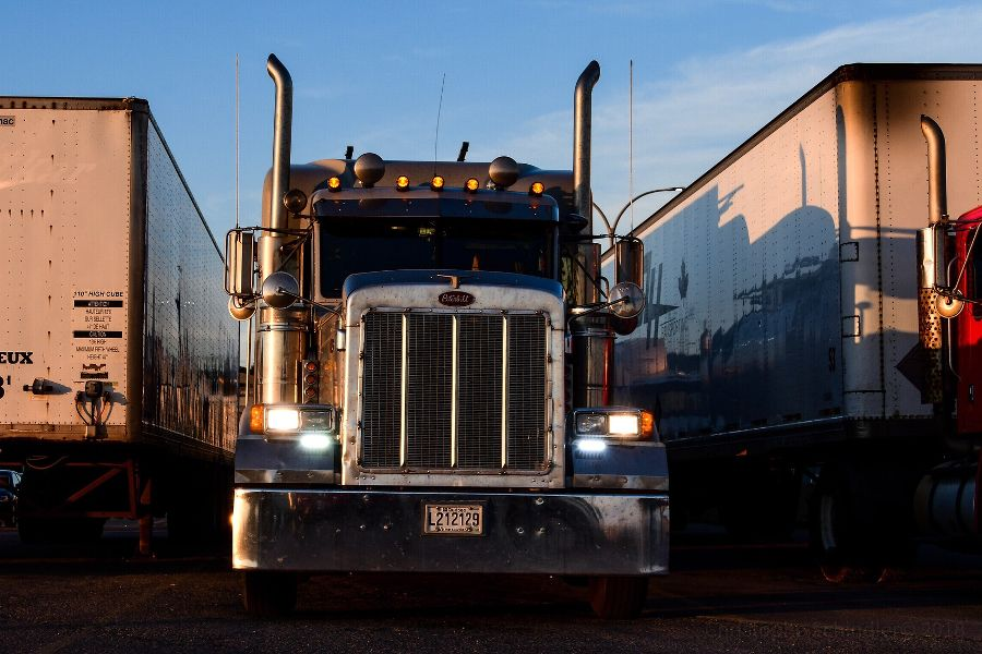 Road freight services for direct freight